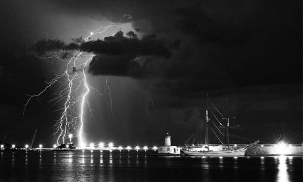live wallpaper lightning storm